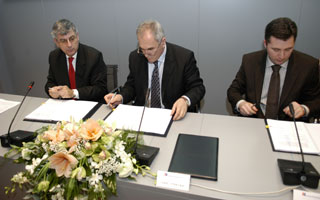 Contract for Rebro Hospital signed